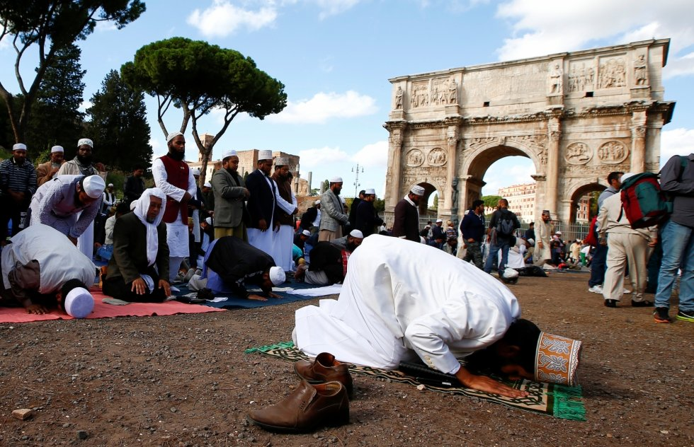 Italy's Northern League Leader Ramps Up Anti-Muslim Rhetoric: 'Islam is incompatible with our values'