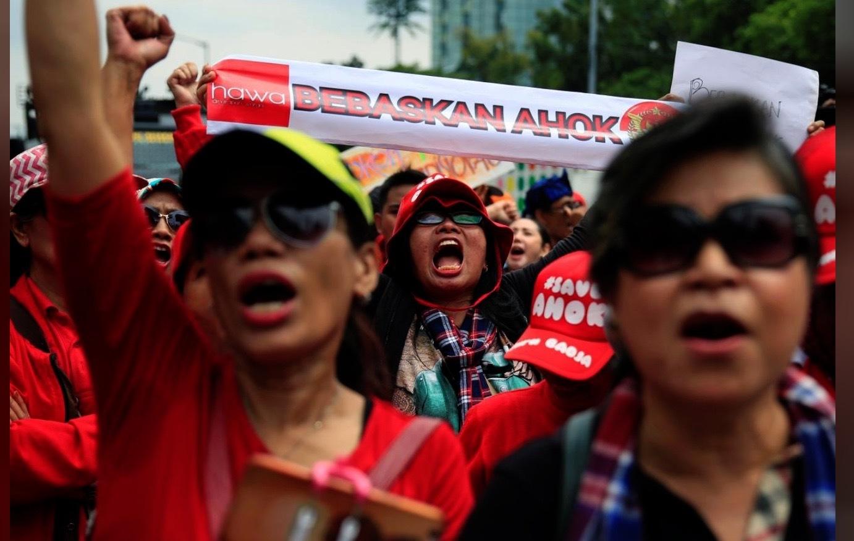 Jakarta's Christian Ex-Governor Challenges Blasphemy Conviction