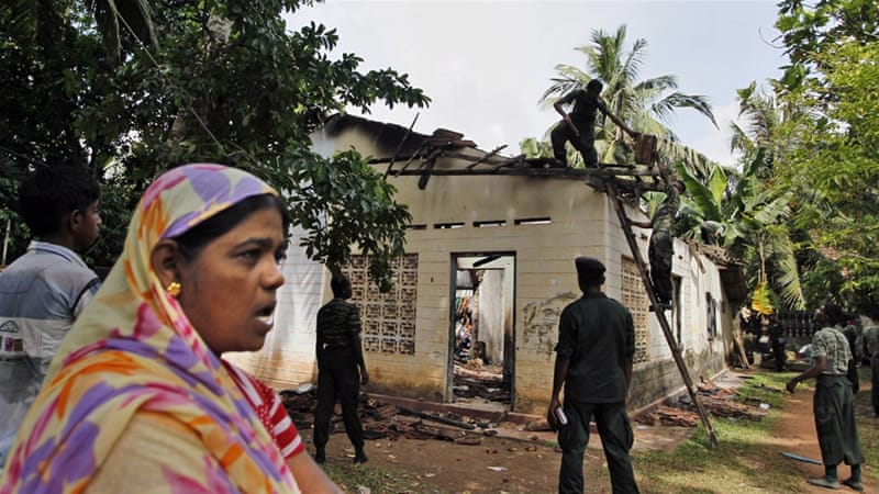 Sri Lanka: Police Inaction As Muslim Shops Torched By Buddhists