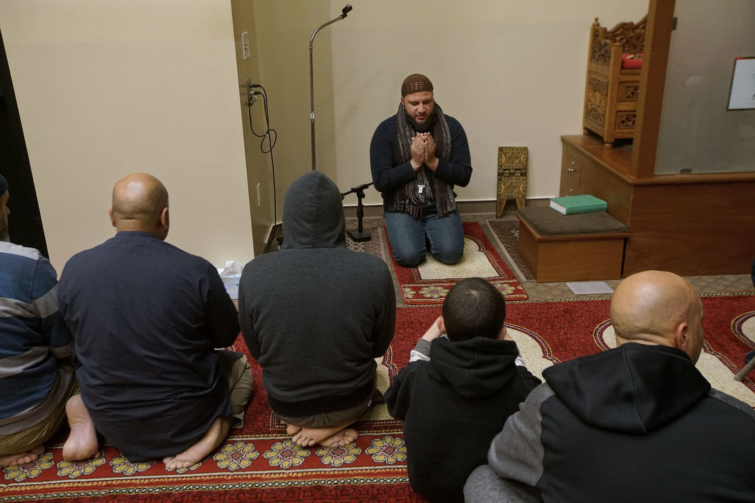 The Blue Muslim Wave: American Muslims Launch Political Campaigns, Hope to Deliver 'sweet justice' to Trump