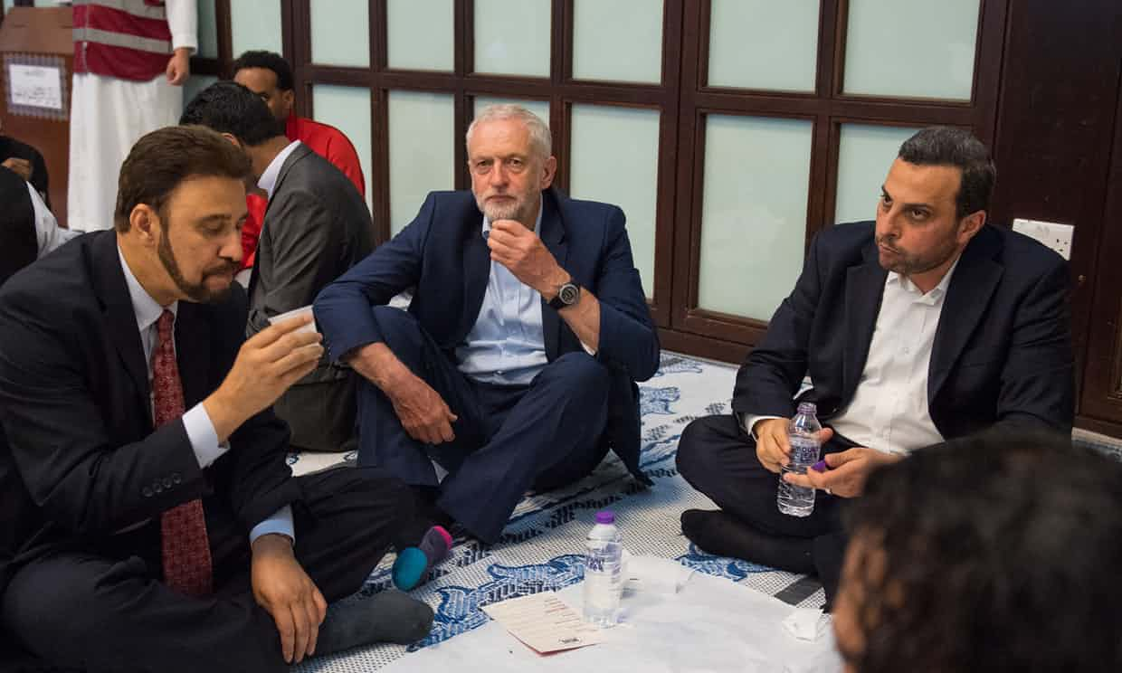 Jeremy Corbyn Calls for Investigation of Alleged Tory Islamophobia