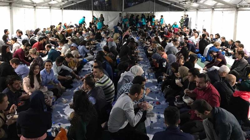 Open Iftar Tents Attracts Hundreds in the UK