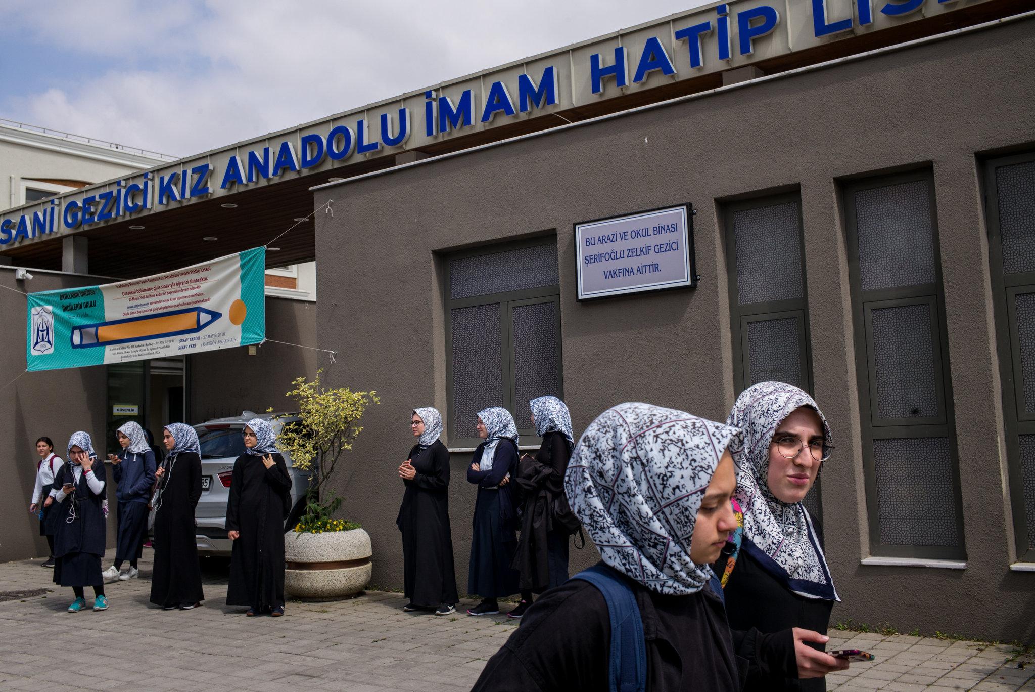 Erdogan's Plan to Raise a 'Pious Generation' Divides Parents in Turkey