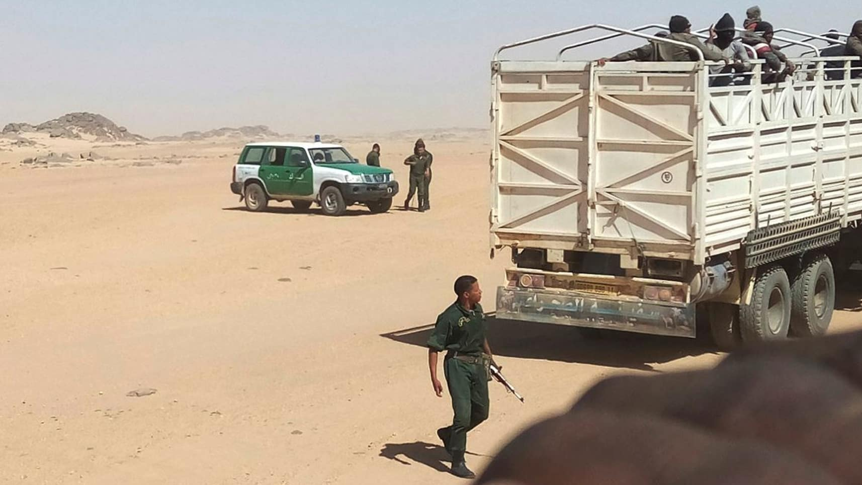 Walk or Die: Algeria Forces 13,000 Migrants Into the Sahara Desert