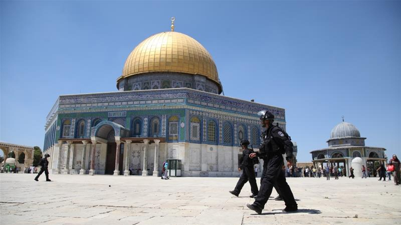 Israeli Forces Storm Al-Aqsa Mosque With Tear Gas, Stun Grenades