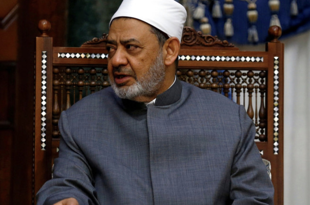 Egypt's Al-Azhar, Awqaf Ministry Renew Wrangling over Fatwas