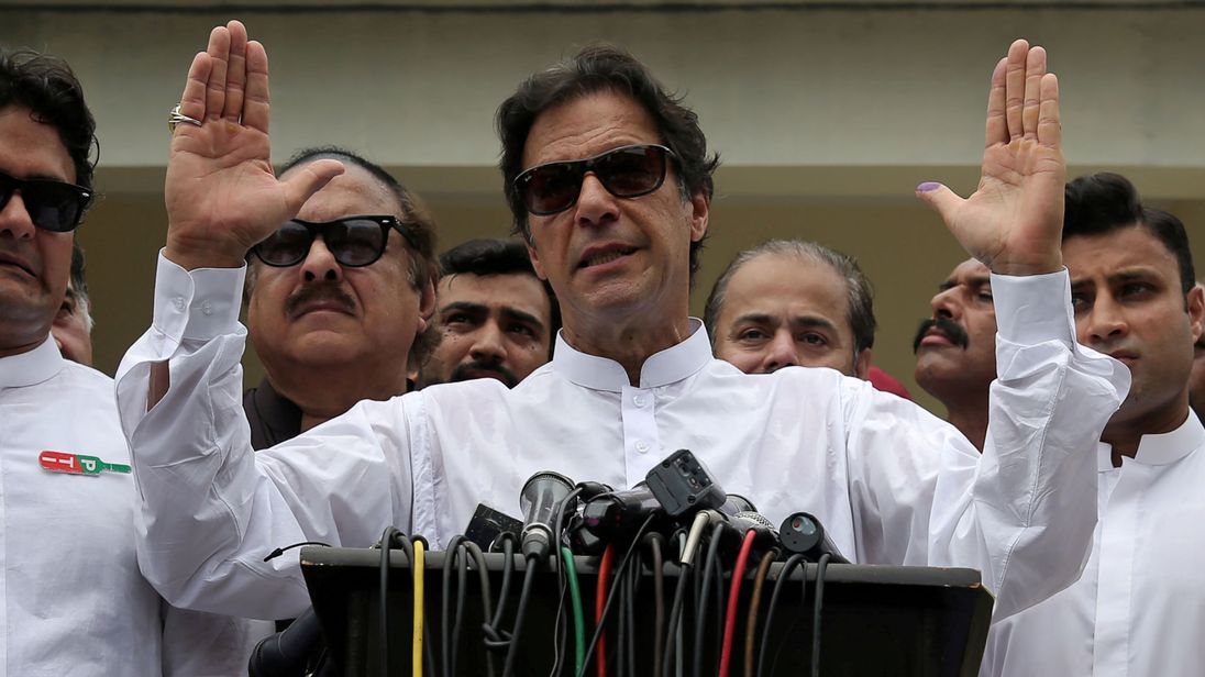 Pakistan's Imran Khan Declares Victory, on Verge of Becoming Prime Minister
