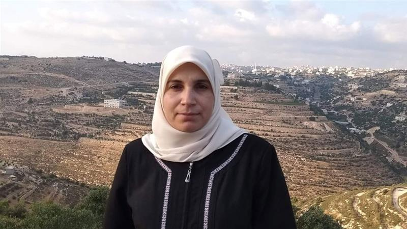 Israeli Forces Arrest Palestinian Female Journalist in Hebron