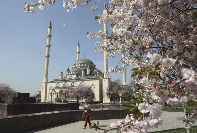 Muslim Arabs Find Warm Welcome in Russia's Remote Grozny