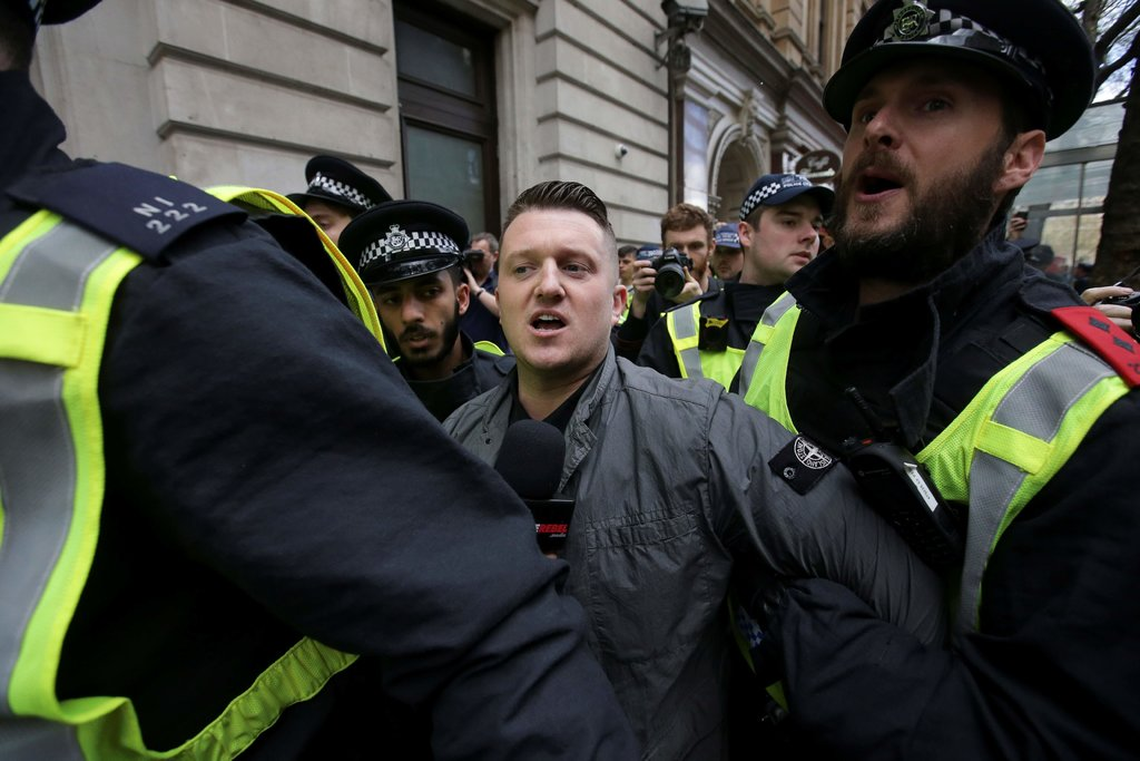 Tommy Robinson, Anti-Muslim Activist, Is Freed on Bail in U.K.