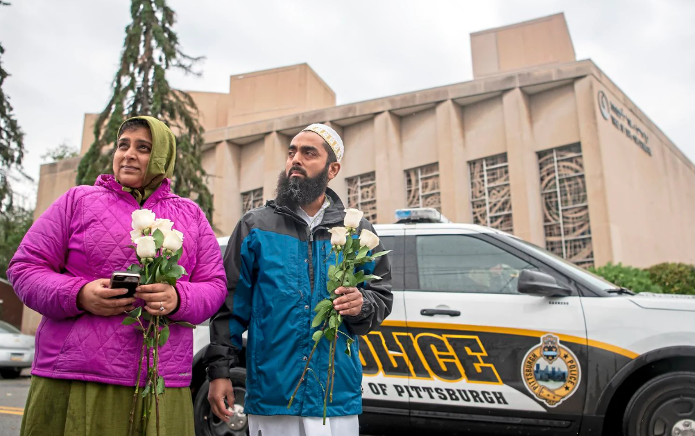 'Respond to evil with good': Muslim community raises money for victims of synagogue shooting