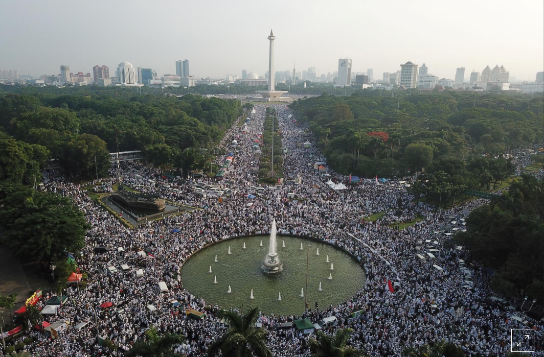 Conservative Indonesian Muslims hold big rally in Jakarta