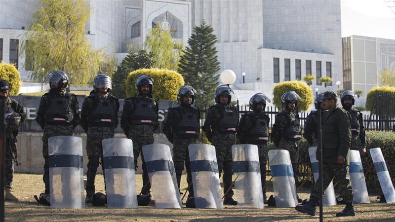Pakistan court upholds Aasia Bibi's blasphemy acquittal