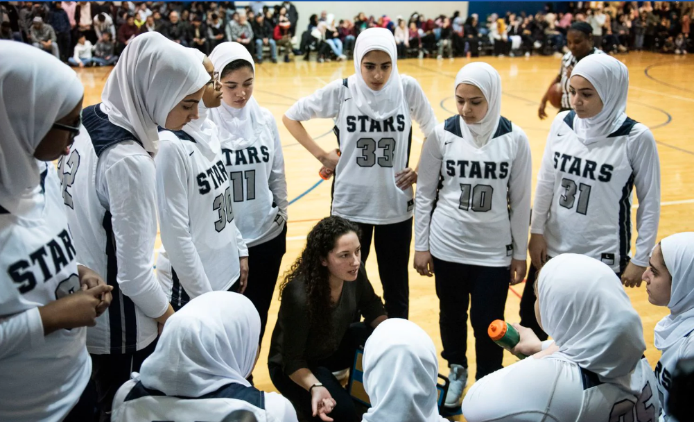 In Milwaukee, Muslim girls' basketball team courts a broader understanding