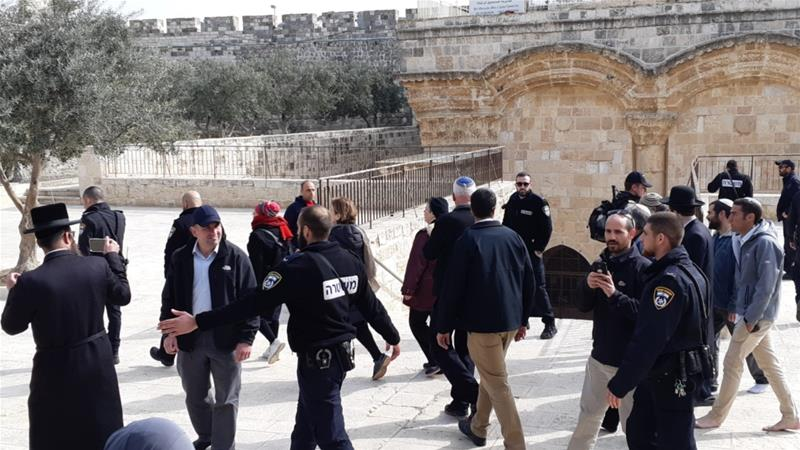 Israeli minister tours Al-Aqsa days after Palestinian arrests