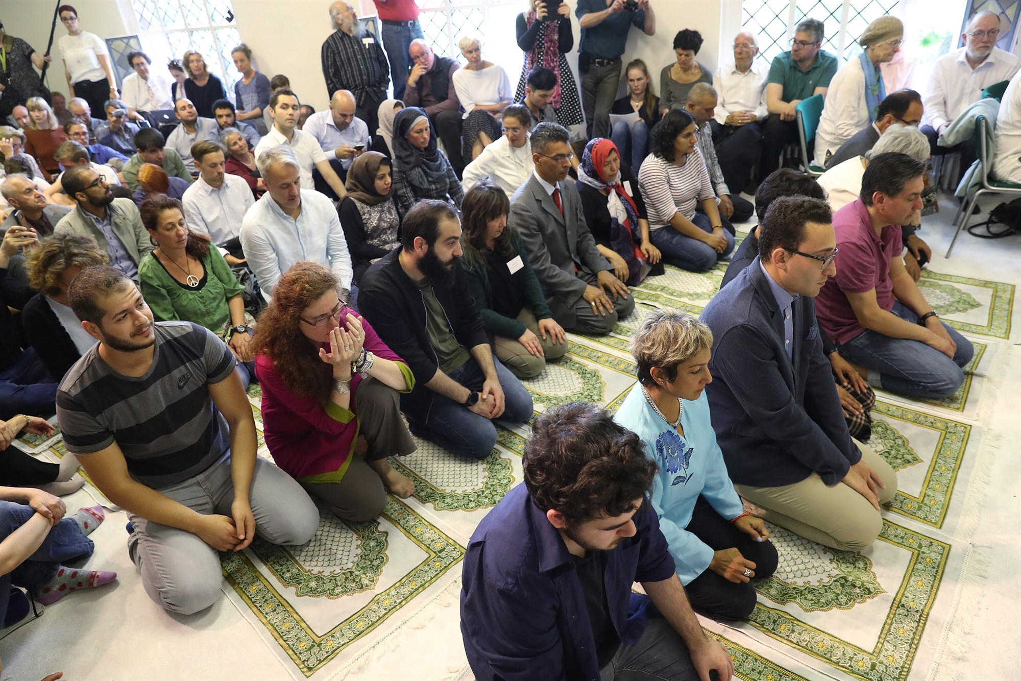 Affirming mosques help gay Muslims reconcile faith, sexuality