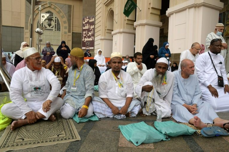 Saudi prepares for hajj as Gulf tensions persist