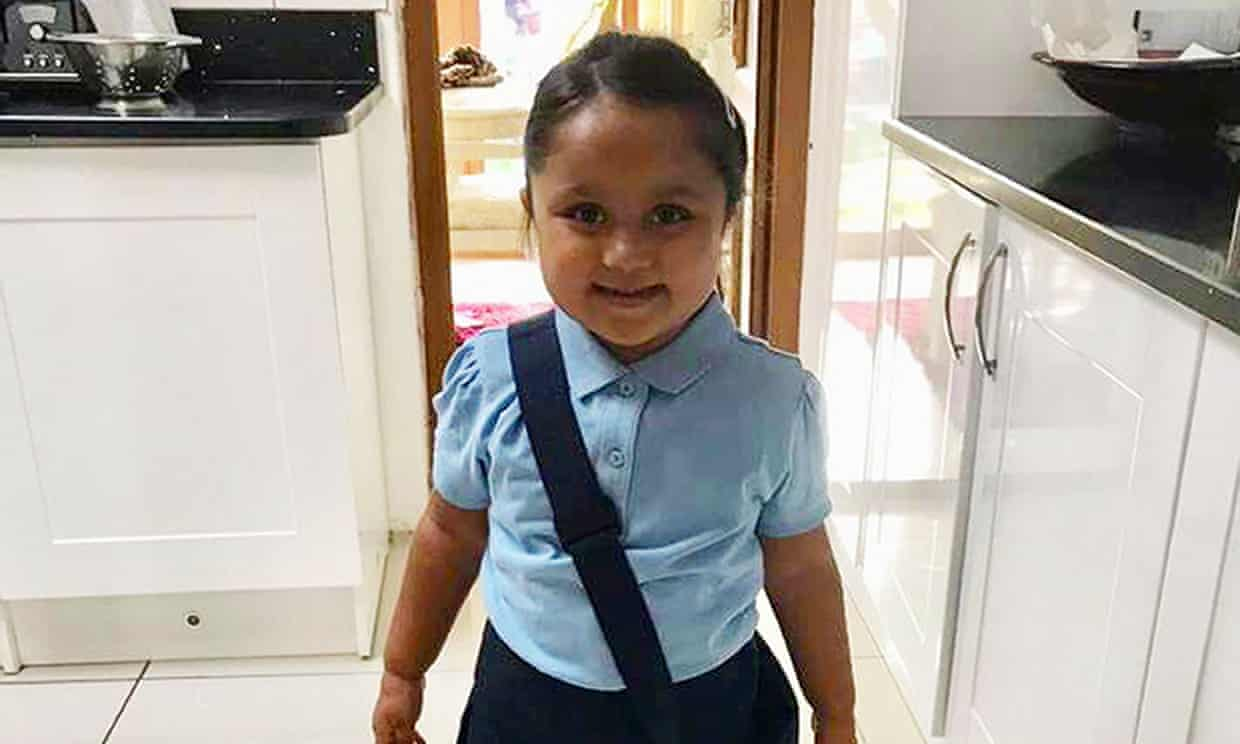 Court rejects bid to stop Muslim family representing sick girl