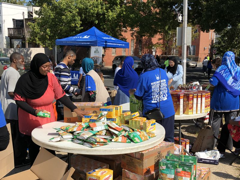With 'Day of Dignity' event, Muslim group gives 'a blessing' to West Baltimore neighborhood