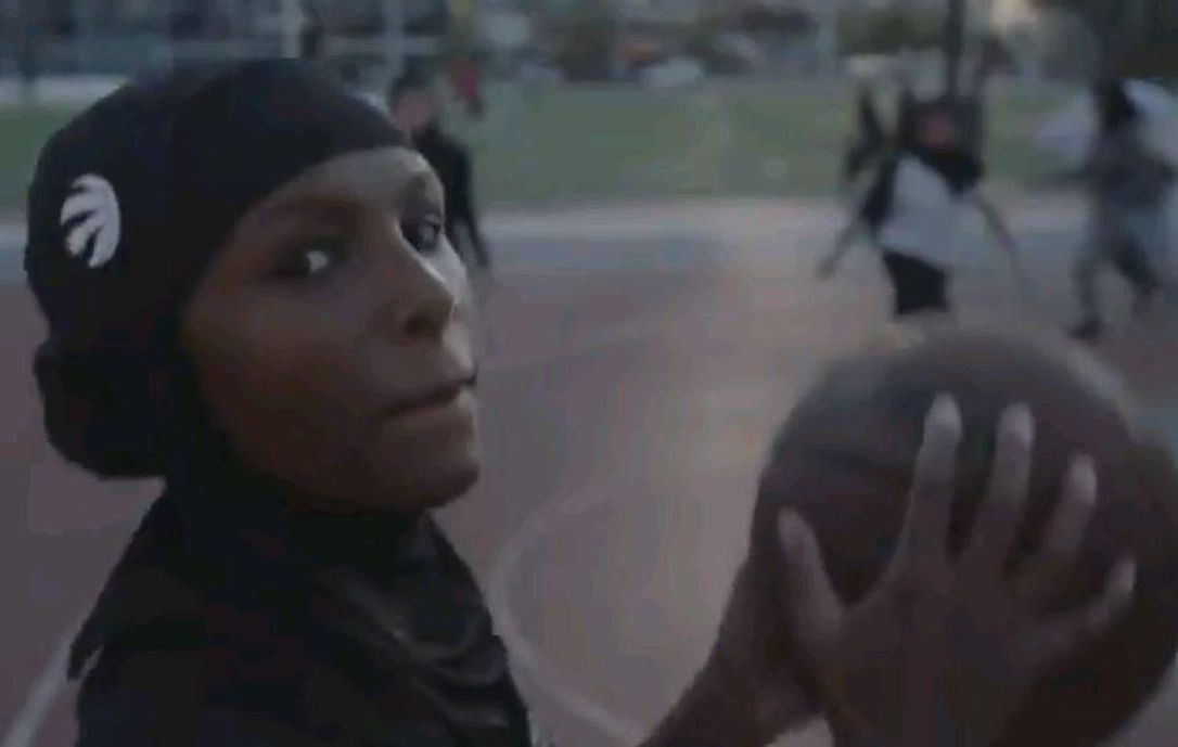 Hijabi Ballers Inspire Raptors to Sell Branded Sports Hijab, the First of its Kind in NBA