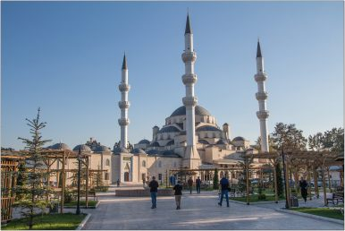 Kyrgyzstan Attempts to Isolate Local Islam