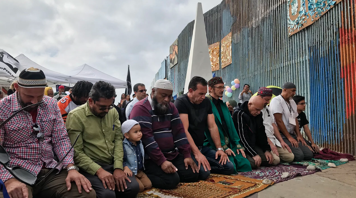 At Border Mosque, a Muslim Prayer is Shared across the US-Mexico Divide