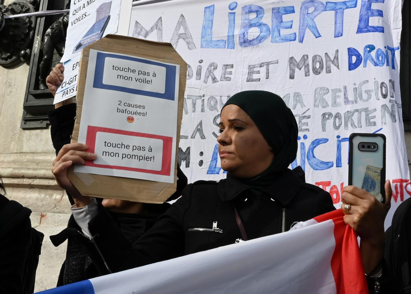 French Fear and Loathing towards Muslim Women Reveal a Deeper Malaise