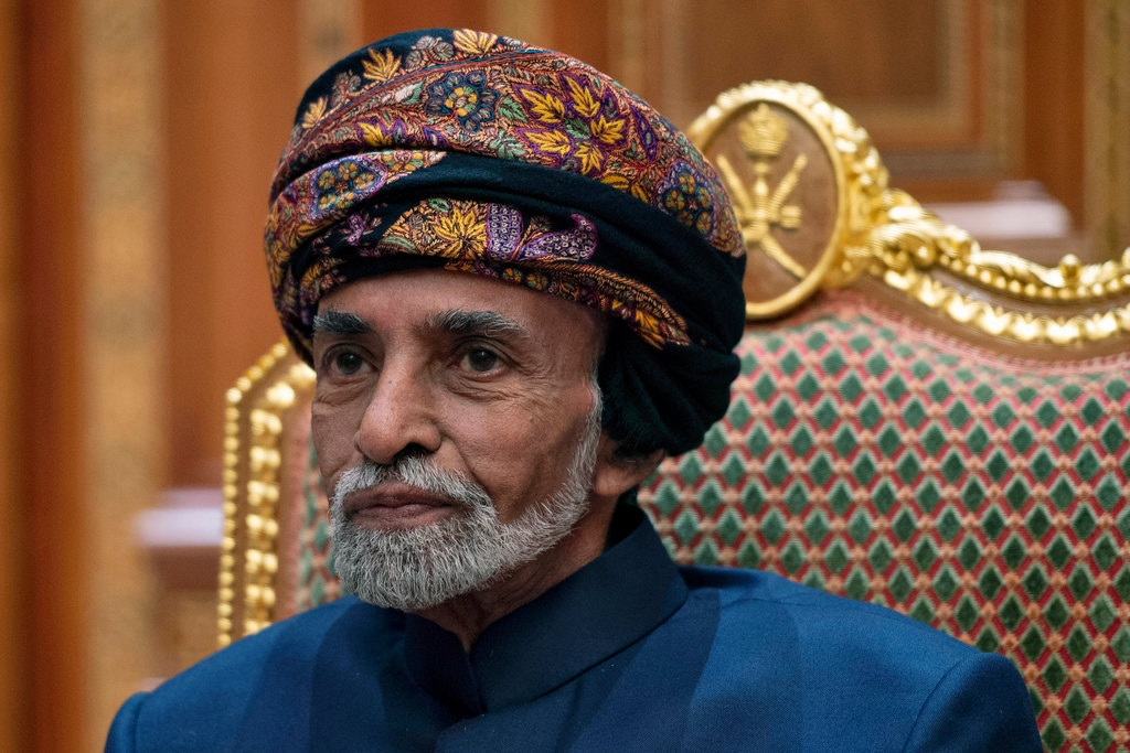 Sultan Qaboos, Who Built Oman Into a Prosperous Oasis of Peacemaking, Dies at 79