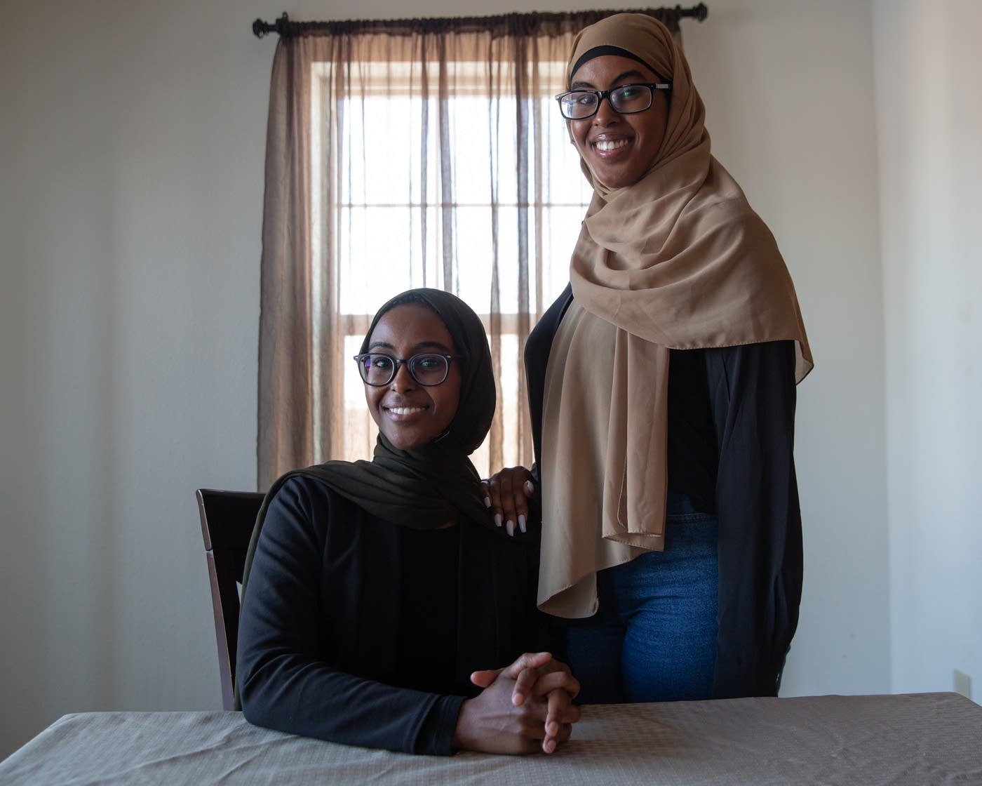 For Struggling Minnesota Muslims, Help is a Phone Call Away