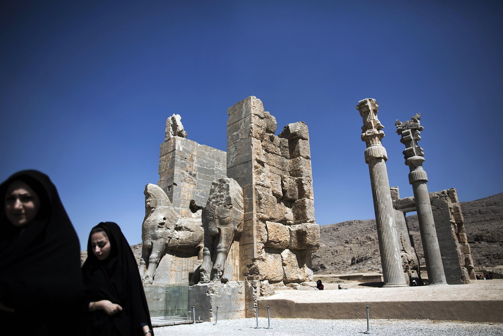 Trump's Twitter Threats Against Iran Cultural Sites Borrow From the ISIS Playbook