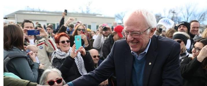 Bernie Sanders Endorsed by Muslim Group, Iowa's Sole Muslim State Lawmaker