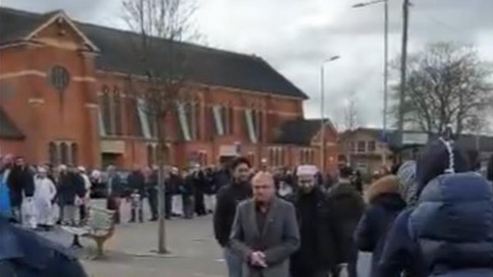 Coronavirus: Muslims Repeat Calls for Mosque Closures