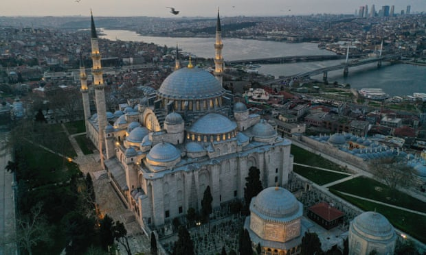 How Istanbul Won Back Its Crown as Heart of the Muslim World