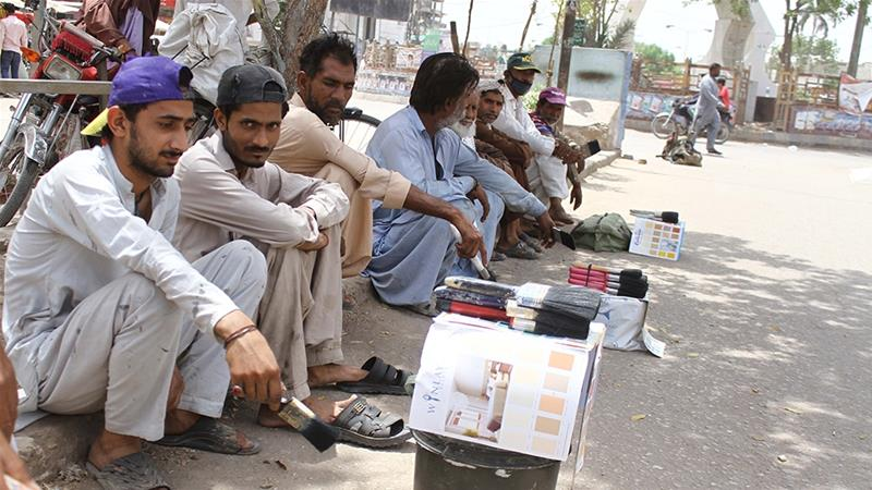 Pakistan Relaxes Coronavirus Restrictions for Some Key Industries