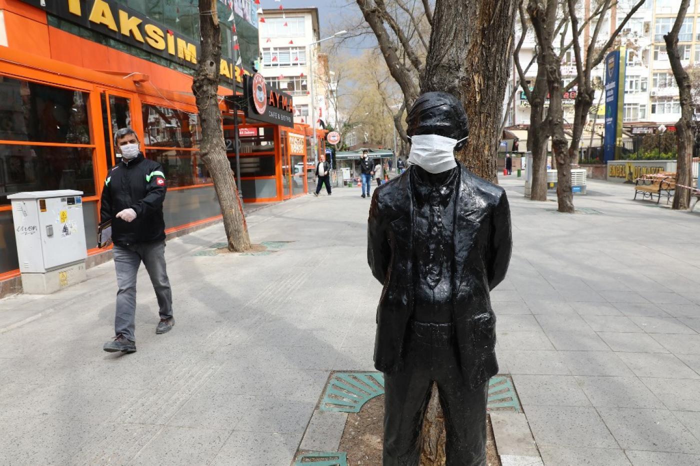 Coronavirus: Why Conspiracy Theories Have Taken Root in Turkey