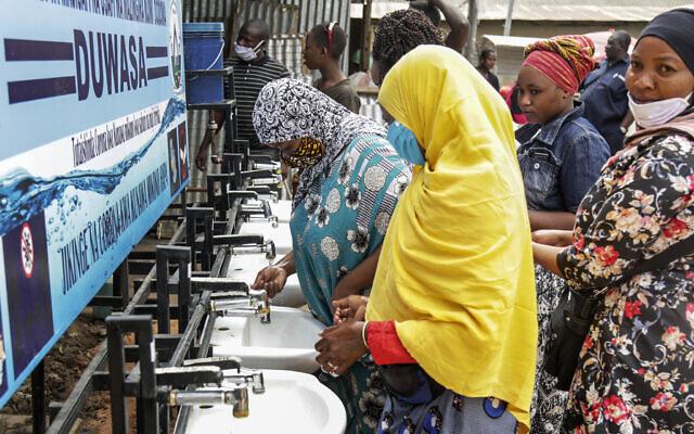 Tanzania Says Virus Defeated Through Prayer, but Fears Grow