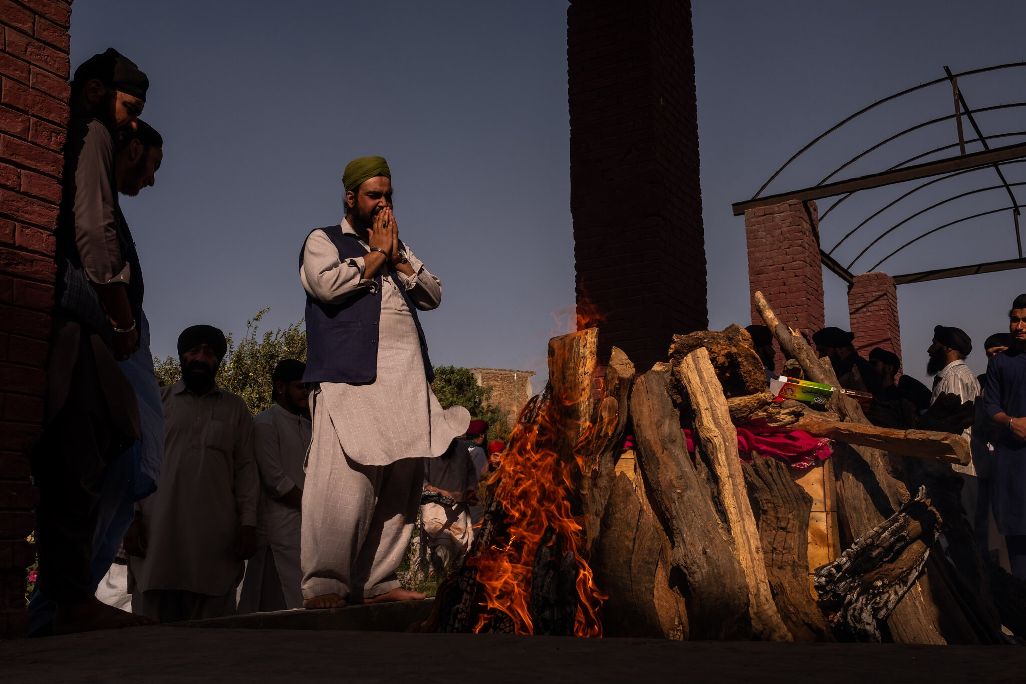 India Offers Escape To Afghan Hindus And Sikhs Facing Attacks