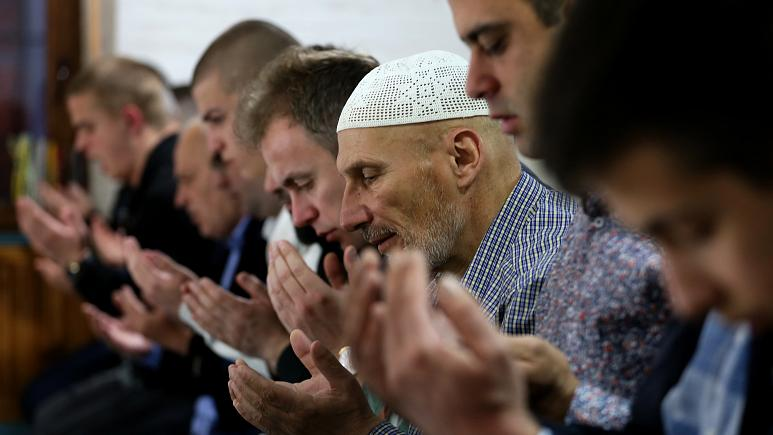 Serbia's Muslims Fear New Ethnic Violence after Montenegro Post-Election Attacks