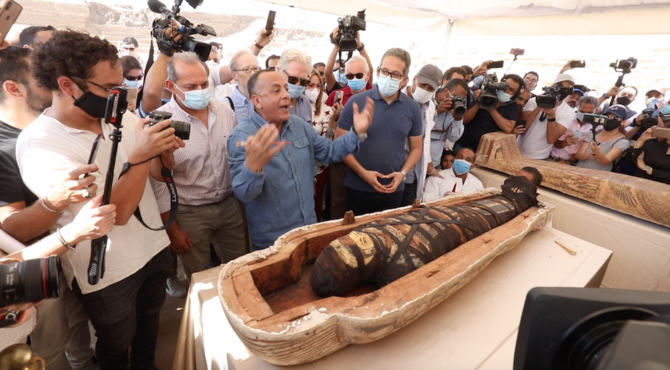 Egyptian Archaeologists Unveil Discovery of 59 Sealed Sarcophagi